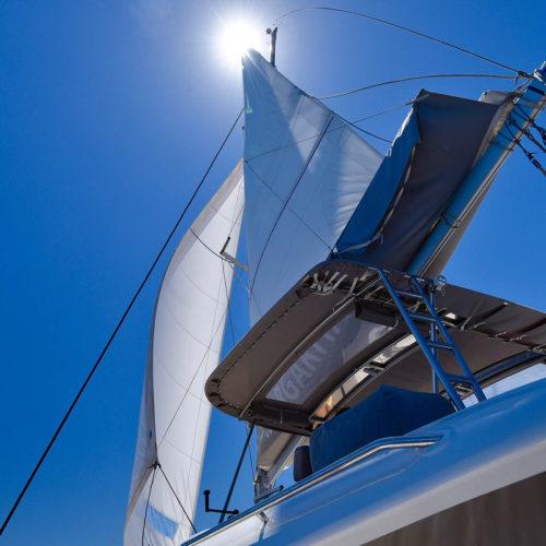 Η  0000 Margarita Sailing To Santorini