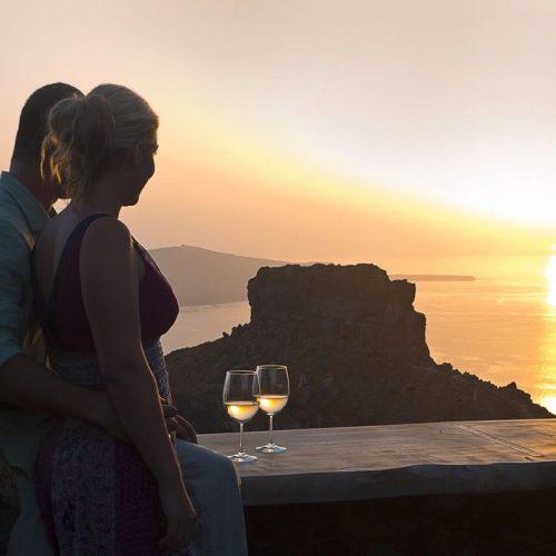 Honeymoon Petra Santorini 11