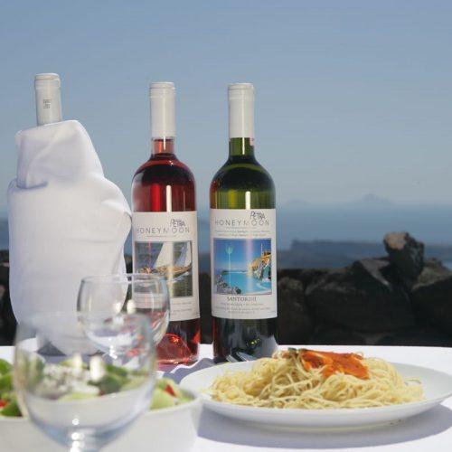 Honeymoon Petra Santorini 40