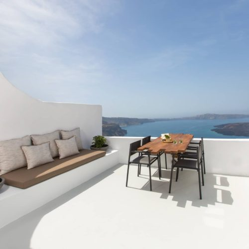 Honeymoon Petra Suites Nest 1
